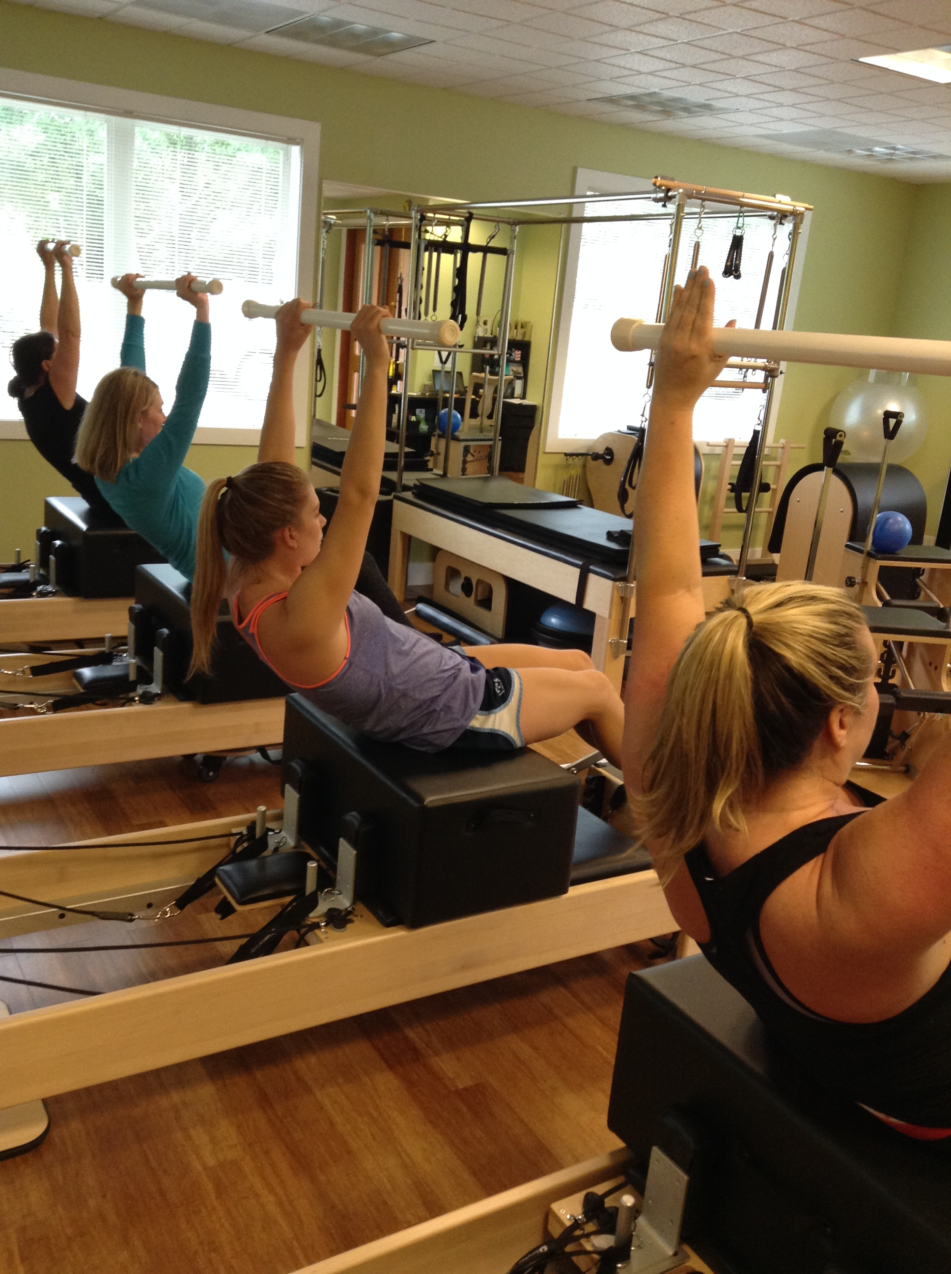Group Class Reformer On The Box2